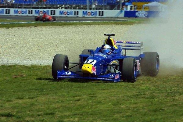 Patrick Friesacher (AUT) Red Bull Junior TeamInternational F3000 qualifying, Hockenheim 27 July 2001DIGITAL IMAGE