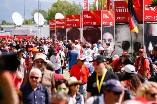 Circuit de Catalunya, Barcelona, Spain. Sunday 14 May 2017. Fans pack out the fan zone. World Copyright: Andy Hone/LAT Images ref: Digital Image _ONY6021