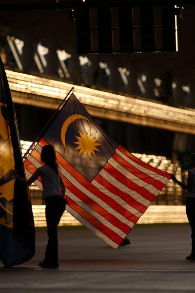 Sepang, Kuala Lumpur, Malaysia3rd April 2009Grid Girls. Glamour. World Copyright: Andrew Ferraro/LAT Photographicref: Digital Image _H0Y8297