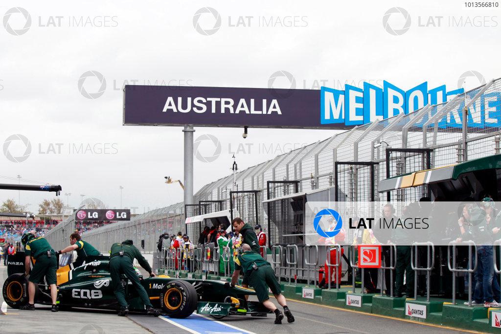 Albert Park, Melbourne, Australia25th March 2011.Heikki Kovalainen, Lotus T128 Renault, returns to the garage. Portrait. Technical. World Copyright: Charles Coates/LAT Photographicref: Digital Image _X5J8504