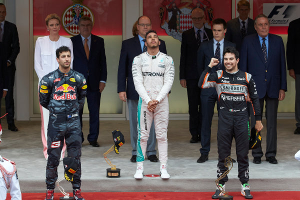 Monte Carlo, Monaco.  Sunday 29 May 2016. Daniel Ricciardo, Red Bull Racing, 2nd Position, Lewis Hamilton, Mercedes AMG, 1st Position, and Sergio Perez, Force India, 3rd Position, on the podium. World Copyright: Steve Etherington/LAT Photographic ref: Digital Image SNE26100