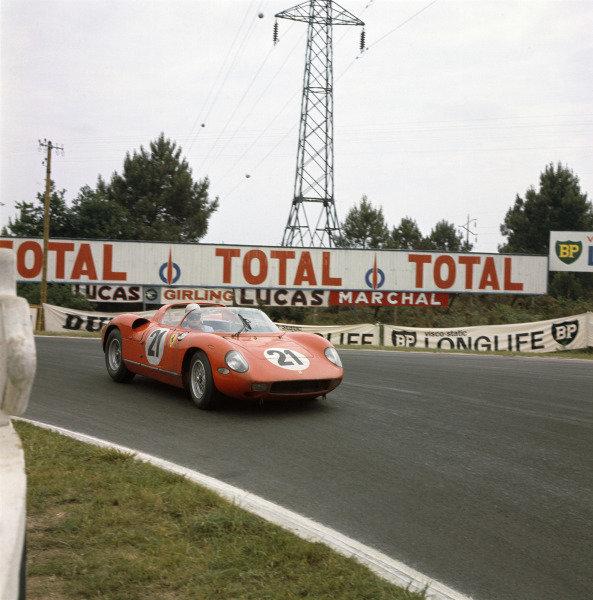 Le Mans, France. 15th - 16th June 1963.Lorenzo Bandini/Ludovico Scarfiotti (Ferrari 250P), 1st position, action.World Copyright: LAT PhotographicRef: 939