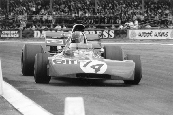 1971 British Grand Prix.Silverstone, Great Britain. 17 July 1971.Francois Cevert (Tyrrell 002-Ford Cosworth). Ref-3907 #28.World Copyright - LAT Photographic