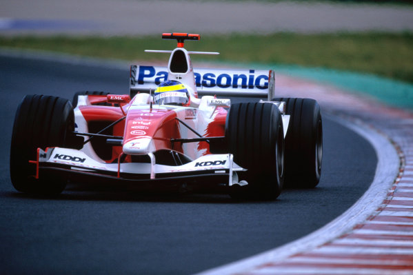 2004 Hungarian Grand Prix Hungaroring, Hungary. 13th - 15th August. Ricardo Zonta, Toyota TF104. Action. World Copyright:Charles Coates/LAT Photographic Ref:35mm Image:A15