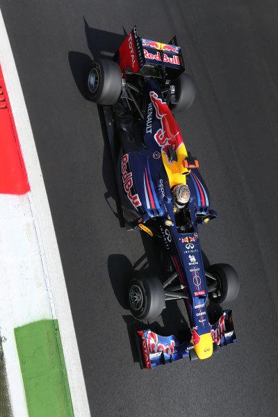 Autodromo Nazionale di Monza, Monza, Italy. 7th September 2012. Sebastian Vettel, Red Bull RB8 Renault.  World Copyright: Steve Etherington/LAT Photographic ref: Digital Image SNE14644 copy