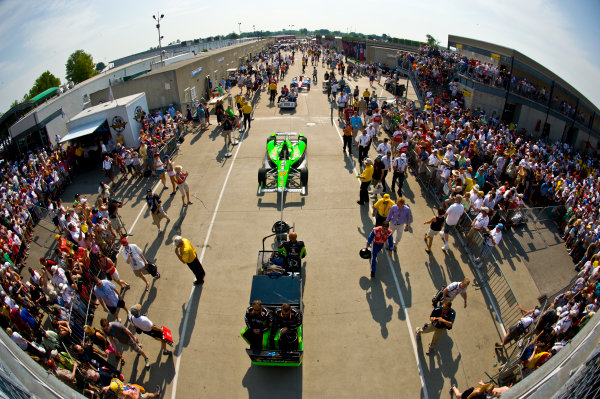 27 May, 2012, Indianapolis, Indiana, USAThe car of James Hinchcliffe (#27) is towed out to pit lane.(c)2012, F. Peirce WilliamsLAT Photo USA
