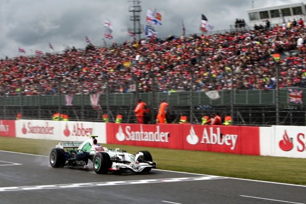 Rubens Barrichello (BRA) Honda RA108. Formula One World Championship, Rd 9, British Grand Prix, Race, Silverstone, England, Sunday 6 July 2008.