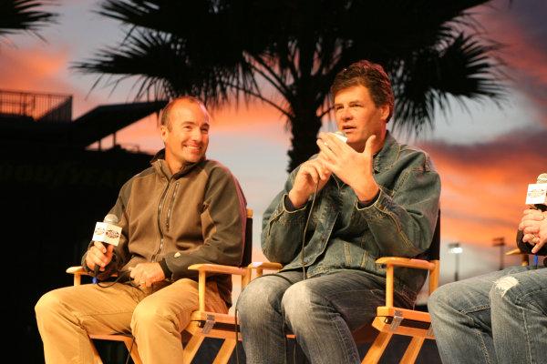 16-17 January, 2009, Daytona Beach, Florida USAMarcos Ambrose (L) & Michael Waltrip (R)©2008, Greg Aleck, USALAT Photographic