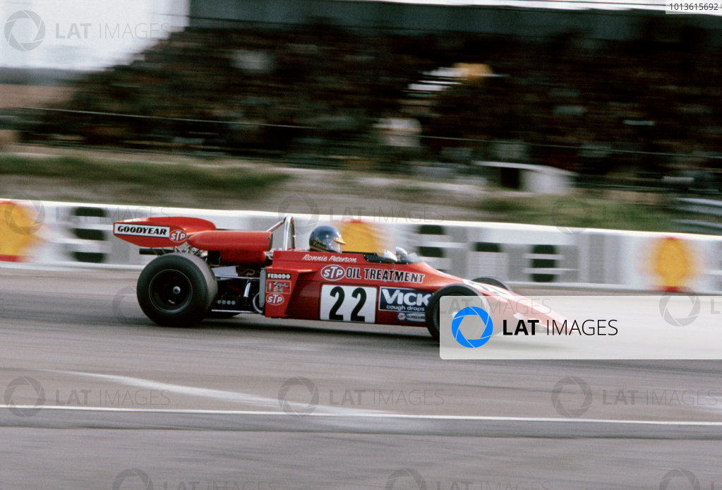 Thruxton, England. 3rd April 1972. Rd 2.Ronnie Peterson (March 722M - Ford BDF/Cosworth), 1st position, in the Jochen Rindt Memorial Trophy race, action.World Copyright: LAT Photographic.Ref: 72EUROF2
