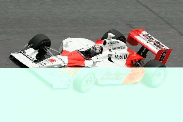 DAYTONA INTERNATIONAL SPEEDWAY, SEPT. 27, 2006,  DAYTONA BEACH, FLSam Hornish, Jr in his . No. 6 Marlboro Team Penske Dallara/Honda runs throught the Daytona Banking.