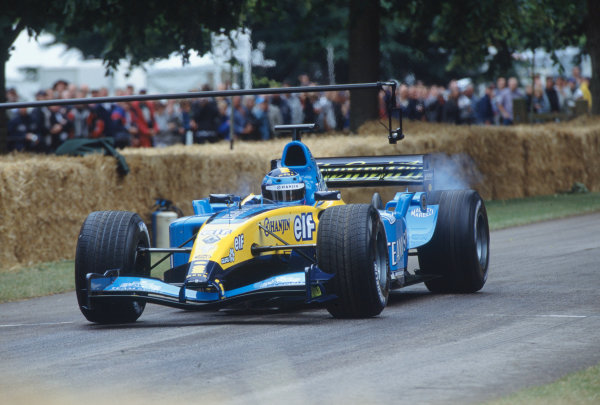 2004 Goodwood Festival of SpeedGoodwood House, Chichester, England. 25th - 27th June.Franck Montagny at the wheel of the current Renault R24.World Copyright: Jeff Bloxham/LAT Photographicref: 35mm Transparency Image.