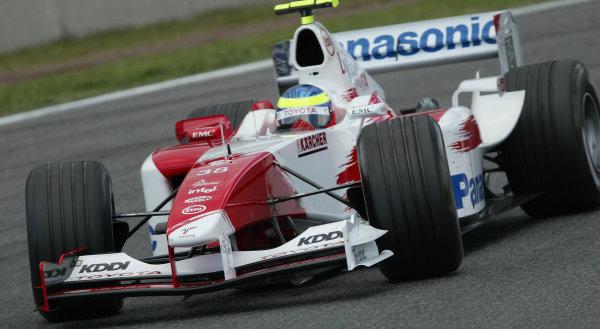 2004 Spanish Grand Prix - Friday Practice,Barcelona, Spain. 7th May 2004 Ryan Briscoe, Toyota TF104 action.World Copyright: Steve Etherington/LAT Photographic ref: Digital Image Only