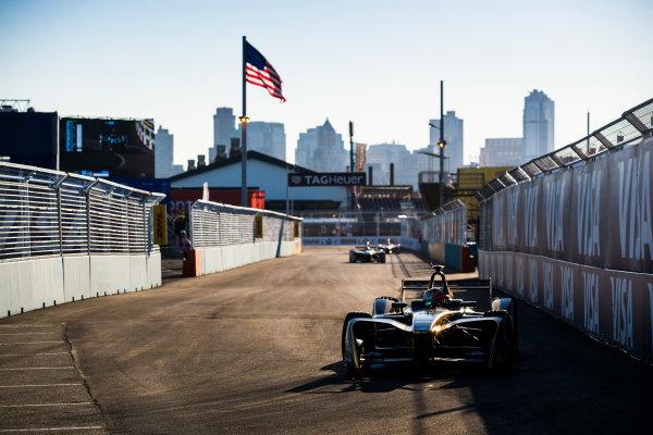 2016/2017 FIA Formula E Championship. Round 10 - New York City ePrix, Brooklyn, New York, USA. Sunday 16 July 2017.Jean-Eric Vergne (FRA), Techeetah, Spark-Renault, Renault Z.E 16. Photo: Sam Bloxham/LAT/Formula E ref: Digital Image _J6I4172