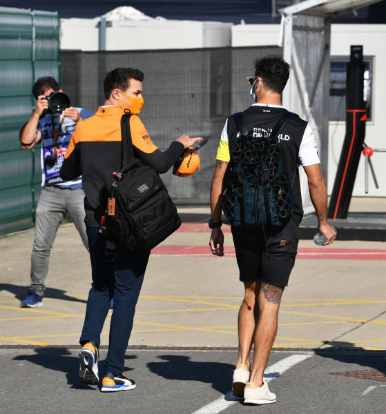 Lando Norris, McLaren and Daniel Ricciardo, Renault F1 arrive at the track