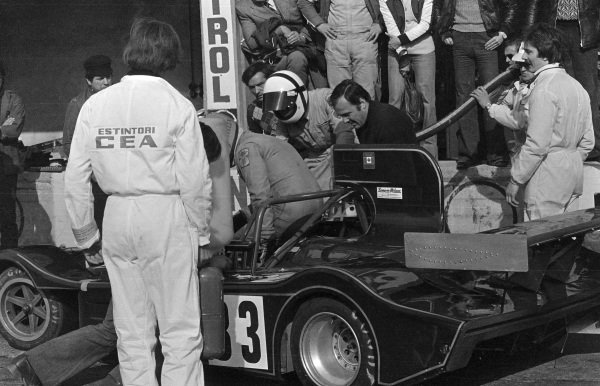 "Pit stop for Stanislao Sterzel / ""Gimax"", March 75S BMW."