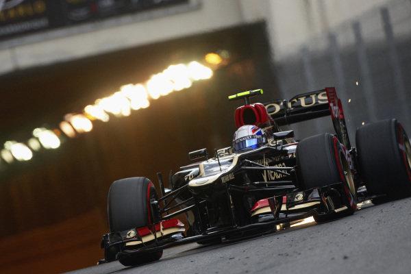 Romain Grosjean, Lotus E21 Renault, sparking.