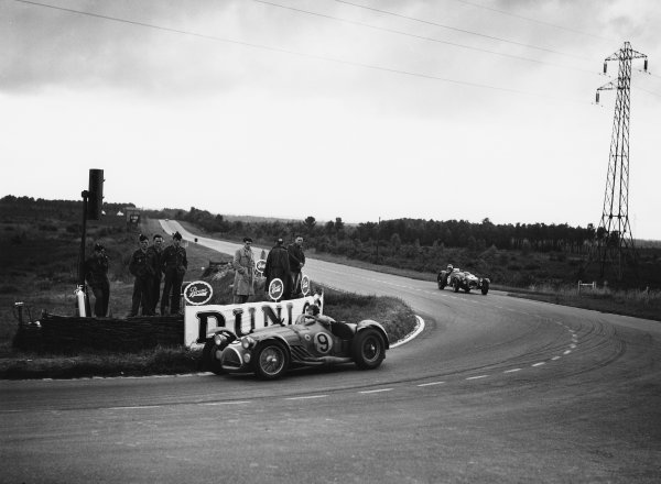 Le Mans, France. 23rd - 24th June 1951 Pierre Meyrat/Guy Mairesse (Talbot Lago), 2nd position, action. World Copyright: LAT Photographic Ref: Autocar Glass Plate C29665.