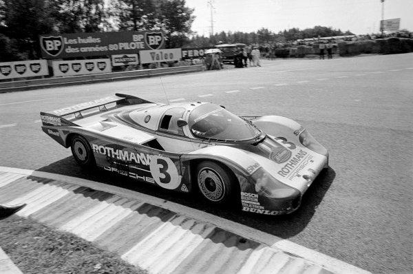 1982 Le Mans 24 hours. Le Mans, France. 19-20 June 1982. Hurley Haywood/Al Holbert/Jurgen Barth (Porsche 956), 3rd position, action. World Copyright: LAT Photographic. Ref: B/WPRINT.