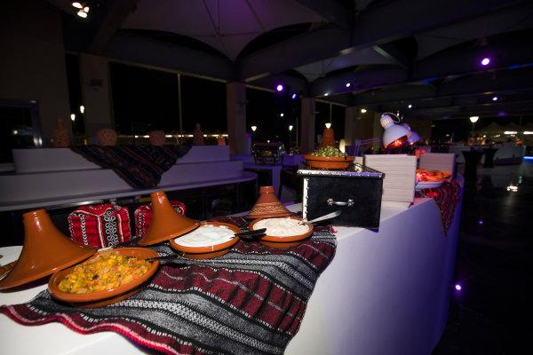 2017 GP2/3 Awards Evening. Yas Marina Circuit, Abu Dhabi, United Arab Emirates. Sunday 26 November 2017. Food Photo: Sam Bloxham/FIA Formula 2/GP3 Series. ref: Digital Image _W6I4444