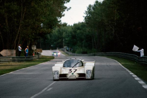 1982 Le Mans 24 hours. Le Mans, France. 19th - 20th June 1982. Emilio de Villota / Alain De Cadenet / Desire Wilson (Grid Plaza S1 Ford), retired, action.  World Copyright: LAT Photographic. Ref: 82LM45.