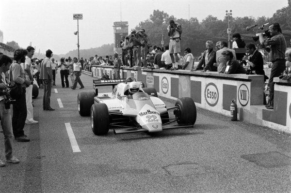 1982 Italian Grand Prix. Monza, Italy. 10-12 September 1982. Andrea de Cesaris (Alfa Romeo 182), 10th position, action. World Copyright: LAT Images.  Ref: 82_1187_15