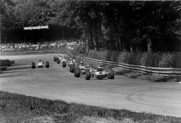 Monza, Italy. 22nd June 1969. Ronnie Peterson (Tecno 68 - Cosworth), 7th position, leads Peter Westbury, Malcolm Guthrie, Graham Birrell, Rob Widdows, Derek Bell, Vittorio Brambilla, Francois Cevert and Jonathan Williams, action.  World Copyright: LAT Photographic. Ref: 2553 - 15.