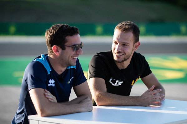HUNGARORING, HUNGARY - AUGUST 01: Nicholas Latifi (CAN, DAMS) and Luca Ghiotto (ITA, UNI VIRTUOSI) during the Hungaroring at Hungaroring on August 01, 2019 in Hungaroring, Hungary. (Photo by Joe Portlock / LAT Images / FIA F2 Championship)