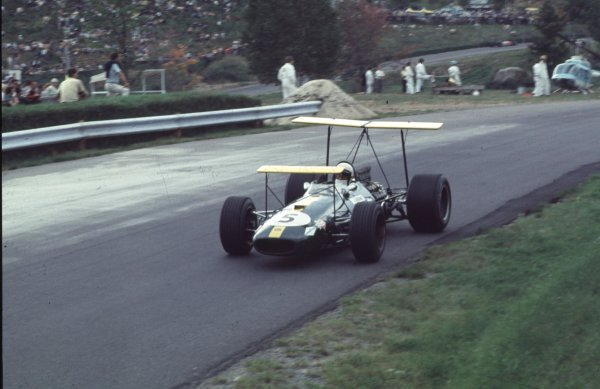 1968 Canadian Grand Prix.Mont-Tremblant, (St. Jovite), Quebec, Canada.20-22 September 1968.Jack Brabham (Brabham BT26 Repco).Ref-68 CAN 43.World Copyright - LAT Photographic
