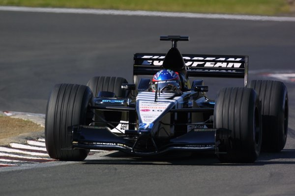 2001 European Grand Prix. RACENurburgring, Germany. 24th June 2001Fernando Alonso, European Minardi PS01 action.World Copyright - LAT Photographicref: 8 9 MB Digital File Only