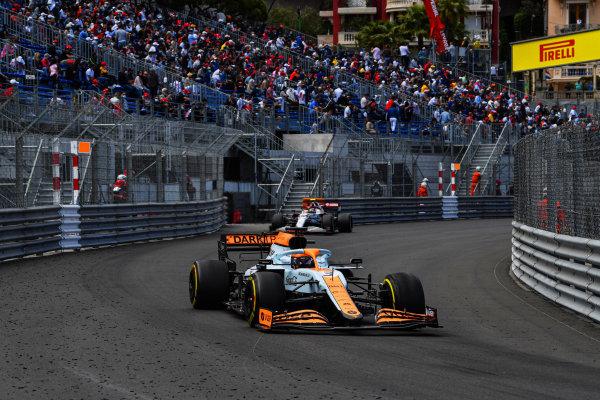 Daniel Ricciardo, McLaren MCL35M, leads Antonio Giovinazzi, Alfa Romeo Racing C41