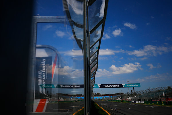 Albert Park, Melbourne, Australia. Wednesday 16 March 2016. Melbourne GP banner World Copyright: Andrew Hone/LAT Photographic. ref: Digital Image _ONZ9803