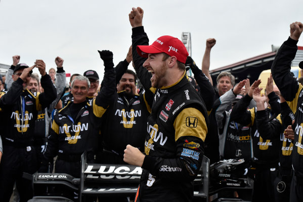 10-12 April, 2015, Avondale, Louisiana USA James Hinchcliffe celebrates the win in victory lane ©2015 Scott R LePage  LAT Photo USA