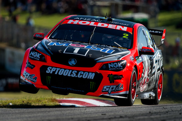 2015 V8 Supercars Round 3. Perth Super Sprint, Barbagallo Raceway, Western Australia, Australia. Friday 1st May - Sunday 3rd May 2015. Garth Tander drives the #2 Holden Racing Team Holden VF Commodore  World Copyright: Daniel Kalisz/LAT Photographic Ref: Digital Image V8SC15_PERTHR3_DKIMG2023.JPG
