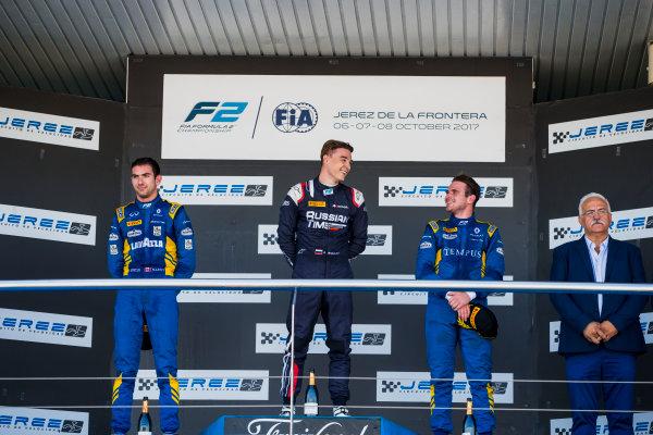 2017 FIA Formula 2 Round 10. Circuito de Jerez, Jerez, Spain. Sunday 8 October 2017. Nicholas Latifi (CAN, DAMS), Artem Markelov (RUS, RUSSIAN TIME), Oliver Rowland (GBR, DAMS).  Photo: Zak Mauger/FIA Formula 2. ref: Digital Image _X0W2900