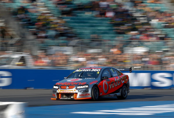 Round 4 - Hamilton 400.Hamilton City Street Circuit, Hamilton, New Zealand.17th - 18th April 2010.Car 1, Jamie Whincup, Commodore VE, Holden, T8, TeamVodafone, Triple Eight Race Engineering, Triple Eight Racing.World Copyright: Mark Horsburgh / LAT Photographicref: 1-Whincup-EV04-10-5742