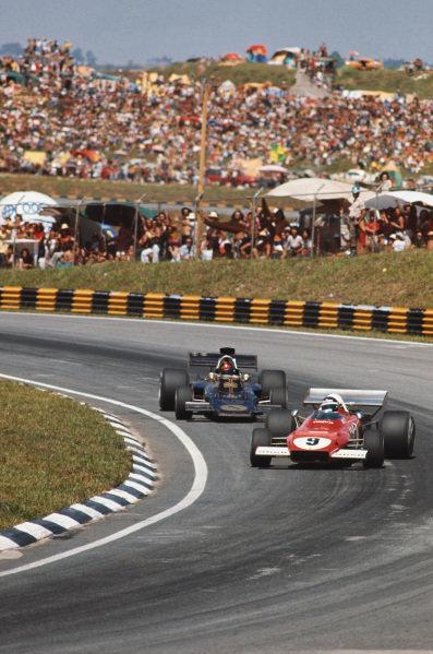 1973 Brazilian Grand Prix.  Interlagos, Sao Paulo, Brazil. 9-11th February 1973.  Jacky Ickx, Ferrari 312B2, 5th position, leads Emerson Fittipaldi, Lotus 72D Ford, 1st position.  Ref: 73BRA02. World Copyright: LAT Photographic
