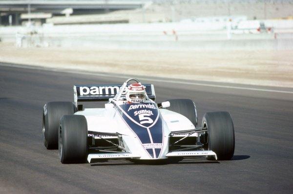 1981 Las Vegas Grand Prix.Caesar's Palace, Las Vegas, Nevada, USA. 15-17 October 1981.Nelson Piquet (Brabham BT49C-Ford Cosworth), 5th position to clinch the World Championship.World Copyright: LAT PhotographicRef: 35mm transparency 81LV16