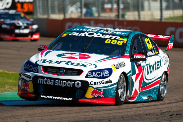 2017 Supercars Championship Round 7.  Townsville 400, Reid Park, Townsville, Queensland, Australia. Friday 7th July to Sunday 9th July 2017. Craig Lowndes drives the #888 TeamVortex Holden Commodore VF. World Copyright: Daniel Kalisz/ LAT Images Ref: Digital Image 070717_VASCR7_DKIMG_364.jpg