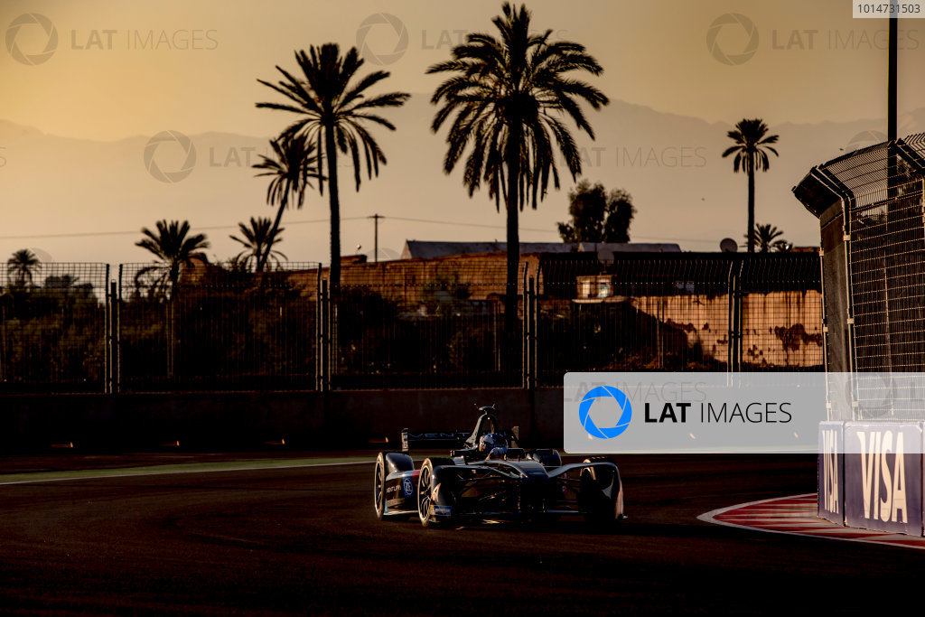 2016/2017 FIA Formula E Championship. Marrakesh ePrix, Circuit International Automobile Moulay El Hassan, Marrakesh, Morocco. Saturday 12 November 2016. Stephane Sarrazin (FRA), Venturi, Spark-Venturi, Venturi VM200-FE-02.  Photo: Zak Mauger/LAT/Formula E ref: Digital Image _X0W5285