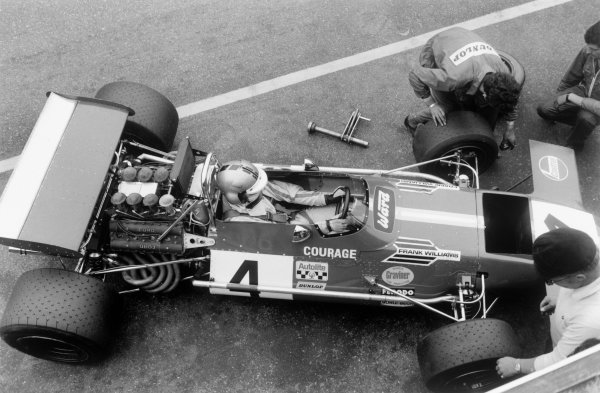 Zandvoort, Holland. 19th - 21st June 1970.Piers Courage (De Tomaso 505/38-Ford Cosworth), retired Tragically Courage suffered a fatal accident during the race, pit lane action.World Copyright: LAT Photographic.Ref: L70/607 - 21A.
