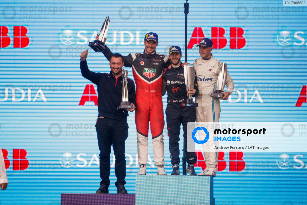 Sam Bird (GBR), Envision Virgin Racing, 1st position, Andre Lotterer (DEU), Tag Heuer Porsche, 2nd position, and Stoffel Vandoorne (BEL), Mercedes Benz EQ Formula, 3rd position