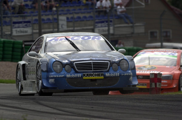 2000 DTM ChampionshipSachsenring, Germany.6 August 2000. Rd 5/10.Peter Dumbreck (Mercedes-Benz CLK), 2nd position in both races.World - Hardwick/LAT Photographic