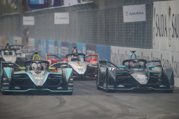 Mitch Evans (NZL), Panasonic Jaguar Racing, Jaguar I-Type 3 side by side with Gary Paffett (GBR), HWA Racelab, VFE-05