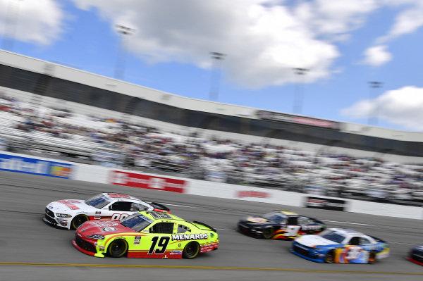 #19: Brandon Jones, Joe Gibbs Racing, Toyota Supra Menards/Atlas, #98: Riley Herbst, Stewart-Haas Racing, Ford Mustang Go Bowling
