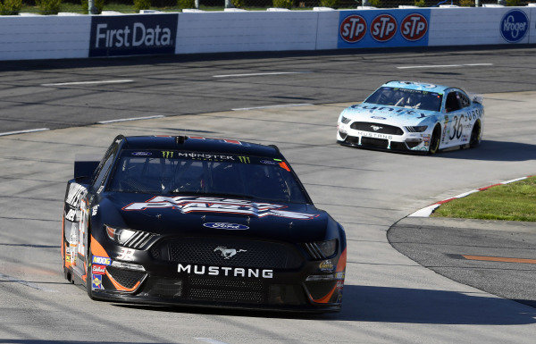 #32: Corey LaJoie, Go FAS Racing, Ford Mustang CorvetteParts.net and #36: Matt Tifft, Front Row Motorsports, Ford Mustang Surface Sunscreen / Tunity