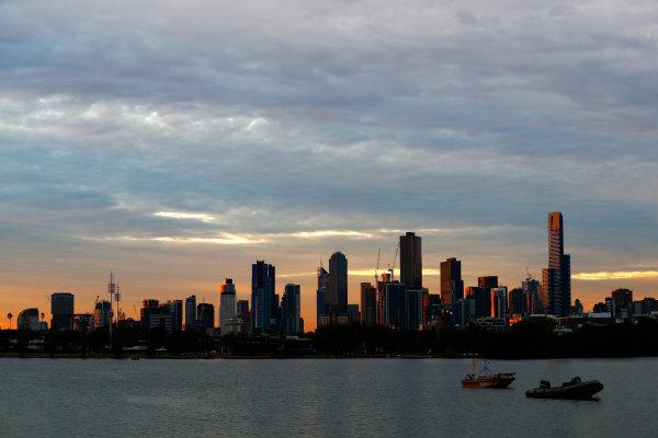 Albert Park, Melbourne, Australia. Friday 24 March 2017. The Melbourne skyline. World Copyright: Sam Bloxham/LAT Images ref: Digital Image _J6I1859