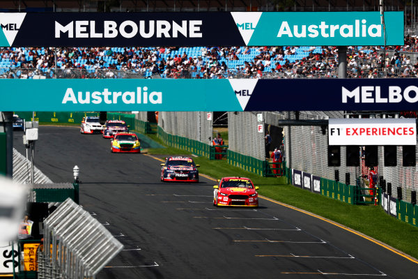 Australian Supercars Series Albert Park, Melbourne, Australia. Sunday 26 March 2017. Race 4. Fabian Coulthard, No.12 Ford Falcon FG-X, Shell V-Power Racing Team, leads Jamie Whincup, No.88 Holden Commodore VF, Red Bull Holden Racing Team.  World Copyright: Zak Mauger/LAT Images ref: Digital Image _94I9832