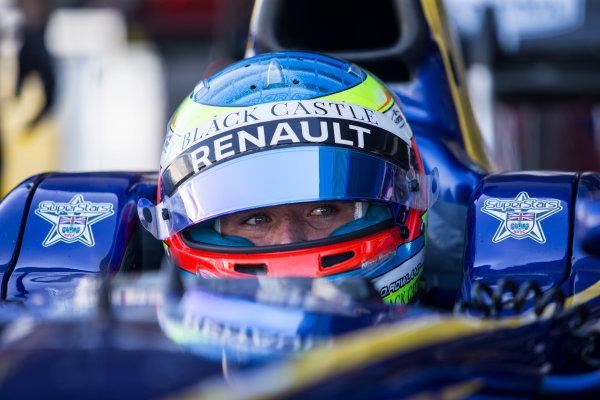 2017 FIA Formula 2 Round 10. Circuito de Jerez, Jerez, Spain. Friday 6 October 2017. Oliver Rowland (GBR, DAMS).  Photo: Andrew Ferraro/FIA Formula 2. ref: Digital Image _FER0506