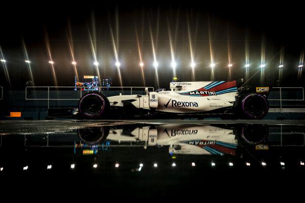 Marina Bay Circuit, Marina Bay, Singapore. Sunday 17 September 2017. Lance Stroll, Williams FW40 Mercedes.  World Copyright: Glenn Dunbar/LAT Images  ref: Digital Image DSC05576