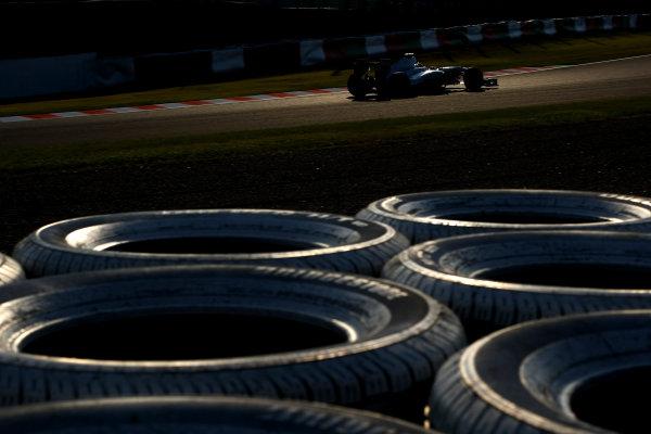 Suzuka Circuit, Suzuka, Japan.7th October 2011.Sergio Perez, Sauber C30 Ferrari. Action. World Copyright: Andy Hone/LAT Photographicref: Digital Image CSP24132